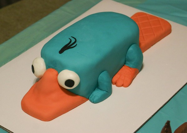 47-finished-perry-cake
